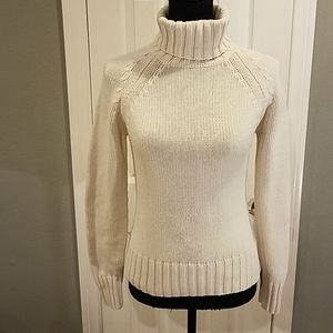 GAP Turtleneck sweater Sz small